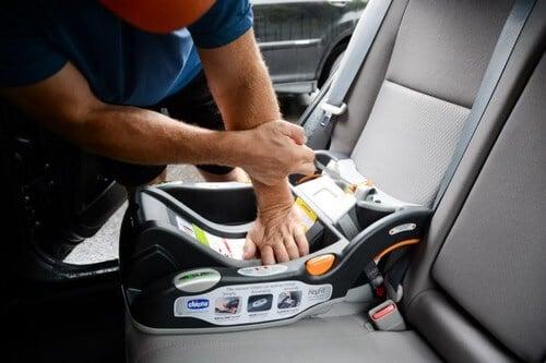 child car seat installation 6