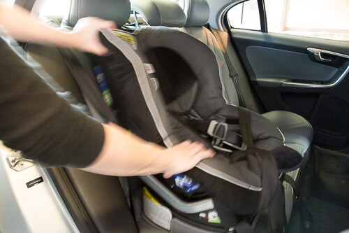 child car seat installation 1